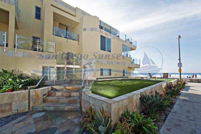 Surf View Ocean Front W Garage Sleeps 16 San Diego Vacation Rentals Details Mission Beach