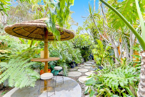 Orbit House Great Neighborhood In N Pb San Diego Vacation Rentals Details Mission Beach House