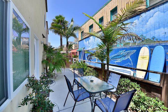 San diego vacation rentals mission beach house vacation for Multi family beach house rentals